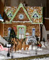 Ritz_gingerbread_princess_house