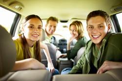 Teens_in_minivan